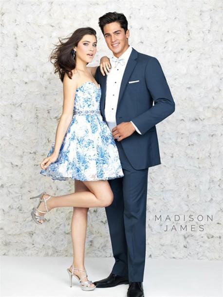 dress blue and white shoes earrings short heels elegant dress sleeveless dress short prom dress short prom dress high heels empire waist empire waist dress prom