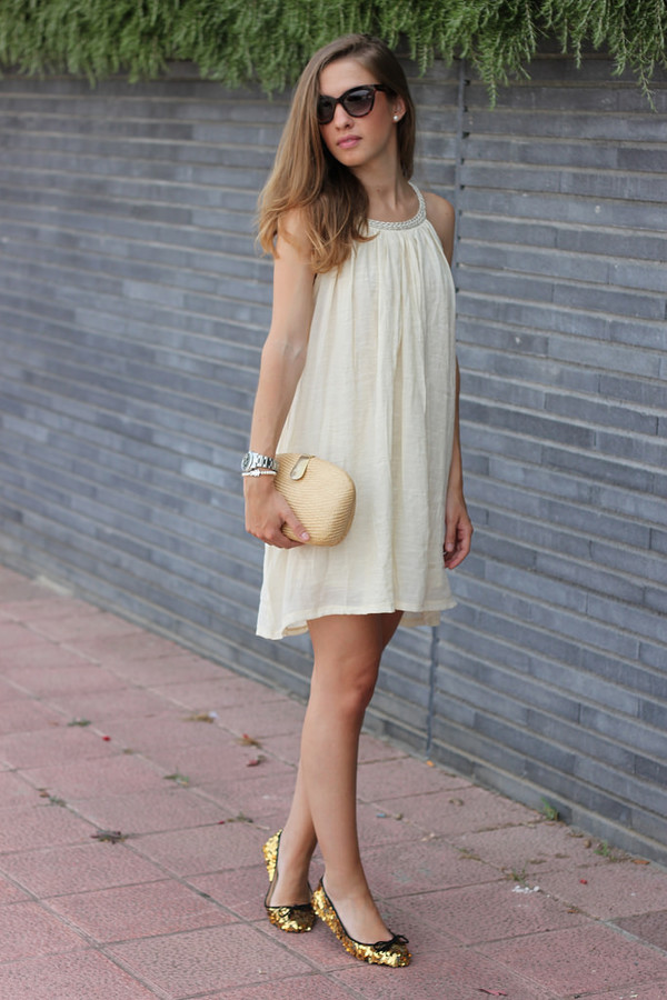 say queen bag sunglasses shoes dress