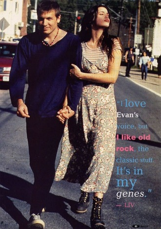 liv tyler floral 90s style dress