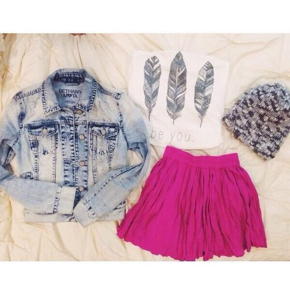 pink feathers white denim jacket jacket skirt cute shirt girly aztec light blue pretty stylish lace denim acid wash bleached skater skirt black bethany mota fashion vibe dope casual gorgeous feminine cheap