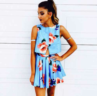 top floral summer outfits pleated skirt arm cuff dress jewels