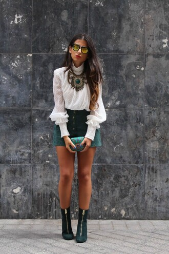 style by nelli blogger suede shoes suede white blouse statement necklace mirrored sunglasses fall outfits