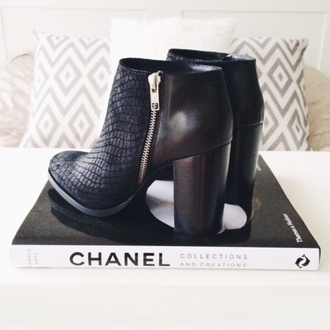 shoes black boots animal print high heels black black boots leather boots ankle boots snake krokodile optic zip high heels chanel block heels