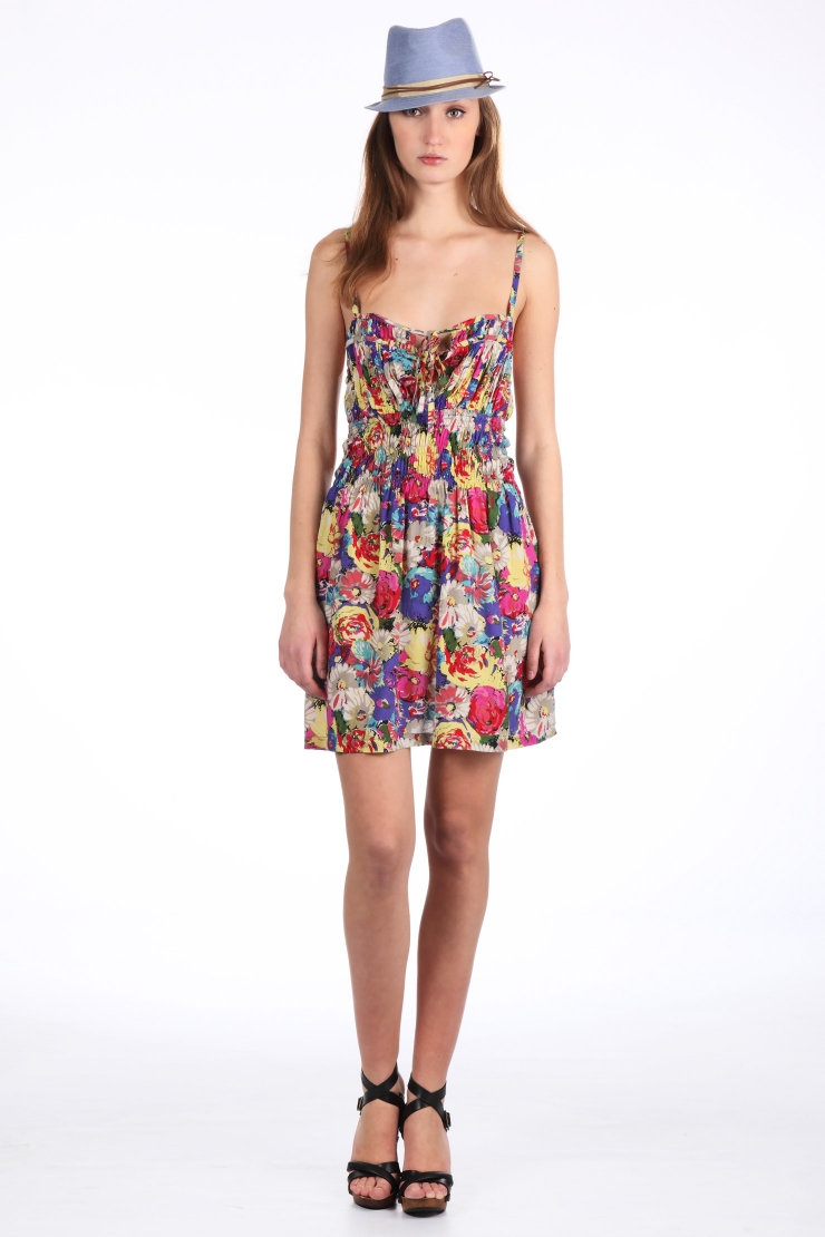 Robe dalli fleurie multicolore red soul sur monshowroomcom for Robe fleurie asos