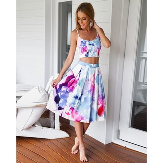 dress petal prints skirt co-ord set two-piece flowers crop tops straps sleeveless dress fashion girl summer party love like gorgeouse lovely sexy sexy girl sexy dress summer dress