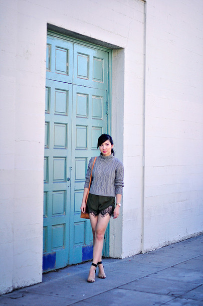 fresh fizzle blogger cable knit grey sweater black shorts lace shorts sweater bag grey cable knit sweater turtleneck turtleneck sweater lace shorts sandals sandal heels high heel sandals