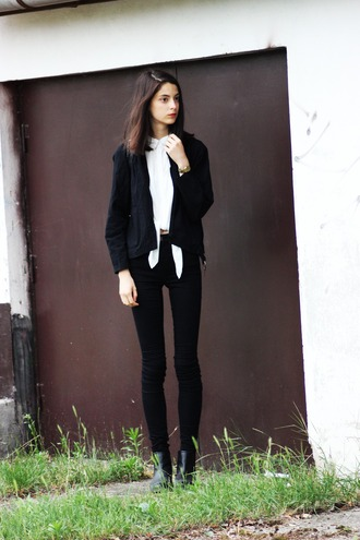 mes memos blogger black jacket black jeans