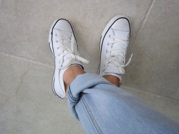 shoes converse sneakers summer outfits sunglasses style white trainers white black black leather skirt summer dress american flag shorts kendall jenner limited edition poster jeans pants baggy pants baggyjeans