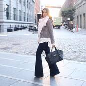 scarf,pink scarf,jacket,grey jacket,pants,blue pants,bag,black bag