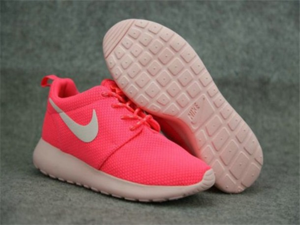 pink nike roshe shoes