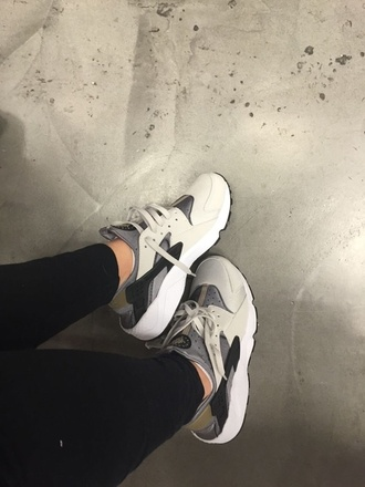shoes nike sneakers huarache grey black gold nike sneakers nike shoes nike ash grey nike kicks nike air huarache low top sneakers white sportswear adidas beige