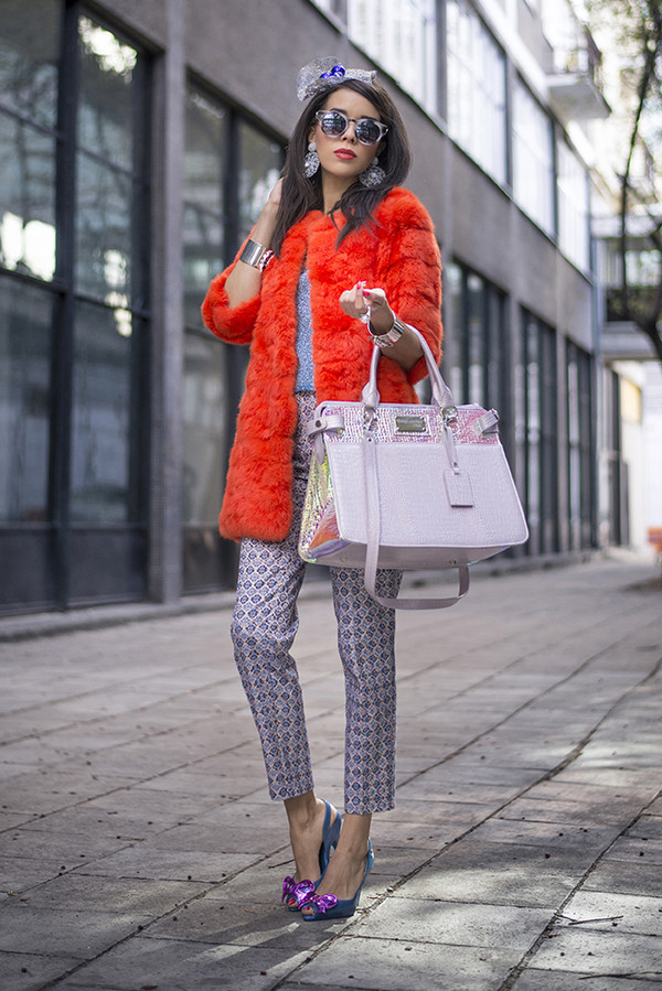 macademian girl coat t-shirt pants shoes sunglasses bag jewels