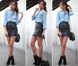 shirt jeans ashley madekwe actress street streetstyle blouse jeans jean blouse blue shirt shirt