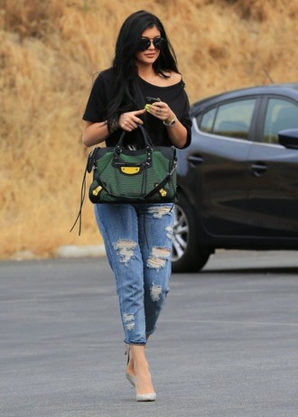 boyfriend jeans ripped jeans kylie jenner pumps purse bag