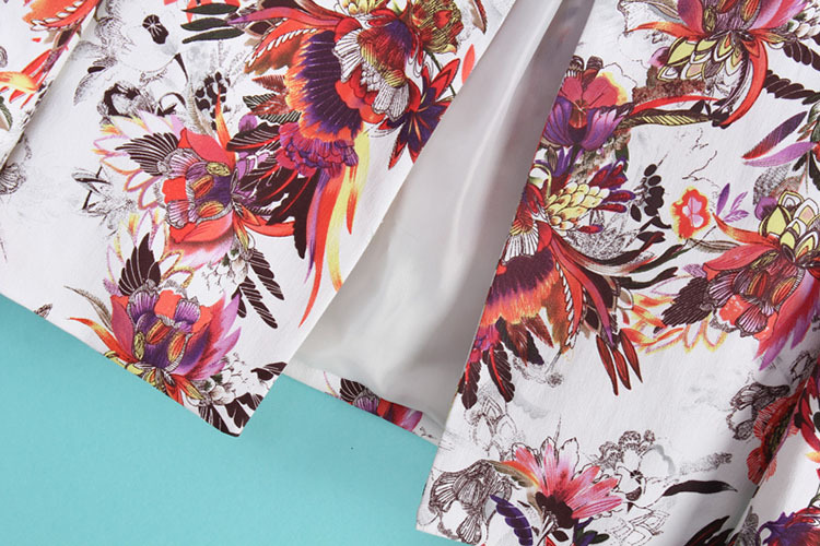 White Florals Print Round Neck Long Sleeve Jacket - Sheinside.com