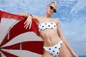 swimwear,polka dots,black and white,bikini top,bikini bottoms,bikini,Devon Windsor,model off-duty,instagram
