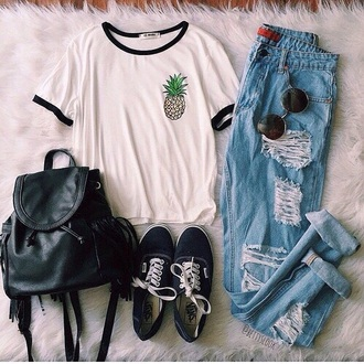 t-shirt pineapple crop tops jeans ripped jeans blue grunge hipster boyfriend jeans hollow out casual shirt sunglasses ananas shirt tumblr tumblr outfit tumblr clothes style bag pants white high waisted jeans straight jeans vans pineapple print ripped white t-shirt graphic tee blue boyfriend jeans backpack