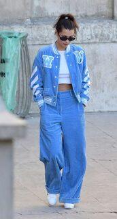 pants,wide-leg pants,blue,jacket,bella hadid,model off-duty,crop tops,sneakers,sunglasses,shoes