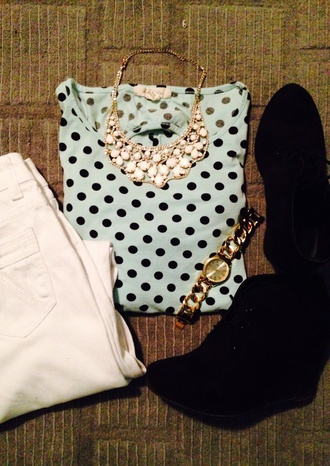 jewels polka dots high waisted shorts wedges statement necklace gold watch t-shirt