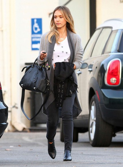 jessica alba fall outfits top cardigan streetstyle