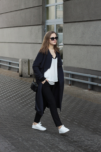 so in carmel blogger white t-shirt black coat black pants coat top pants bag shoes scarf sunglasses
