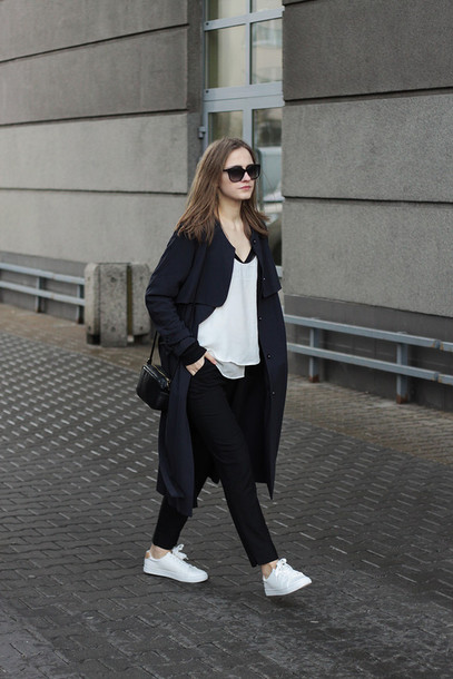 so in carmel blogger white t-shirt black coat black pants coat top pants bag shoes scarf sunglasses