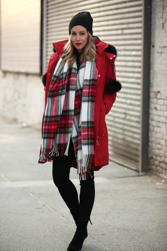 brooklyn blonde blogger jeans scarf make-up red coat tartan
