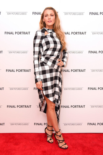 dress black and white sandals blake lively plaid asymmetrical spring spring outfits shoes