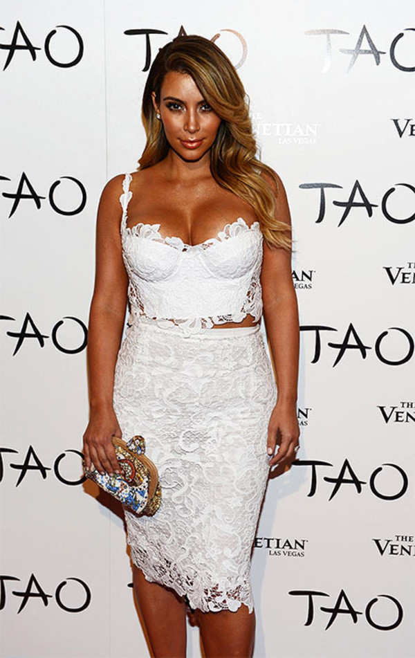 two piece dress set two-piece white top crop tops lace top lace skirt bodycon skirt white lace top kim kardashian kardashians