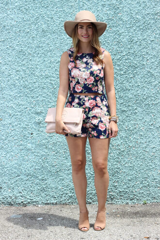 live more beautifully blogger dress tank top leggings underwear bag shoes jeans floral top floral nude bag clutch nude boots flowered shorts crop tops hat mules summer outfits