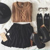 sweater,fall sweater,skirt,socks,shoes,cute,cute socks,cute outfits,fall outfits,felt hat,outfit idea,outfit