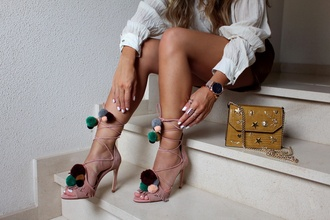 style by nelli blogger shoes shorts bag jewels