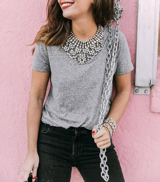 t-shirt tumblr grey t-shirt statement necklace necklace silver necklace jeans black jeans chain collage vintage blogger red lipstick