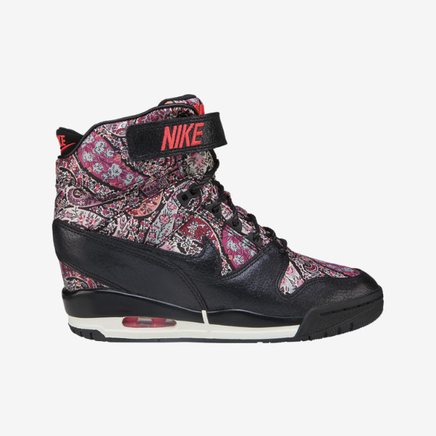Nike Store. Nike Air Revolution Sky Hi Liberty Women's Shoe