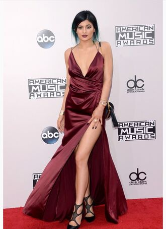 burgundy black heels backless dress evening dress gown kylie jenner slit dress american music awards