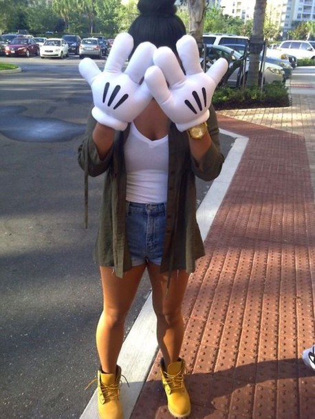 shorts gloves