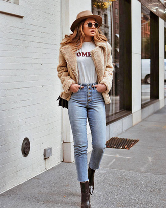 shoes tumblr boots black boots denim jeans blue jeans t-shirt white t-shirt jacket fuzzy jacket nude jacket hat felt hat round sunglasses sunglasses