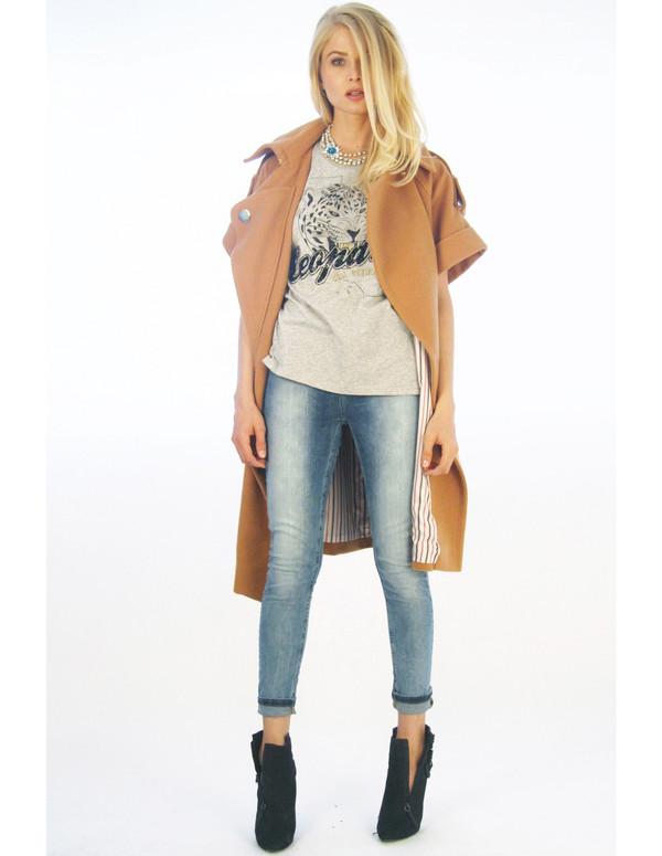 coat beige casual short sleeve