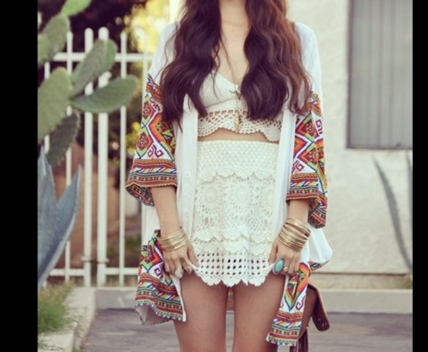 skirt celebrity style white lace dress white lace skirt white lace croptop crop tops hippie hippie chic hippie painting sweater braclet lace lace dress cardigan colorful artist splatter oversized shirt coat
