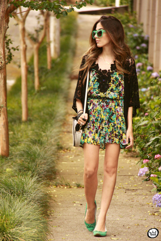 floral dress green lace blogger bag sunglasses fashion coolture ballet flats kimono