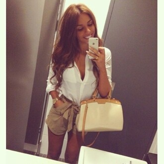shorts short fashion style blouse nude shorts white shirt nude bag shirt bow tan summer white beautiful nice wow brown cool girl style kaki shorts jeans noeud