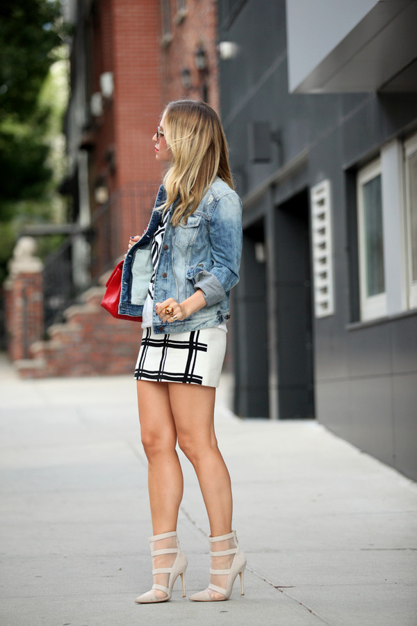 brooklyn blonde blogger skirt jacket t-shirt make-up sunglasses