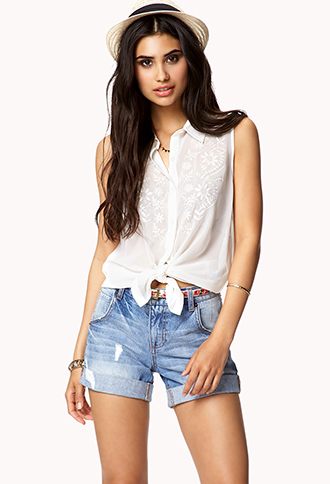 Destroyed Denim Shorts w/ Skinny Belt | FOREVER21 - 2037037880