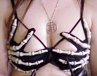 underwear soutien gorge os bones bra squelette misfits cool black skeleton swimwear bikini black bikini skull grunge goth hipster tumblr tumblr girl beach bralette nu goth alternative