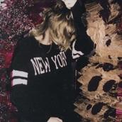 sweater,new york city,taylor swift