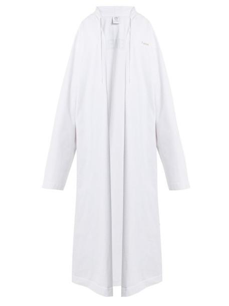 Vetements - Logo Print Oversized Cotton Hooded Sweatshirt - Womens - White
