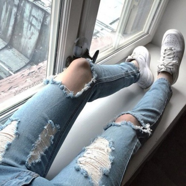 jeans indie aesthetic light denim soft pale grunge cutted jeans ripped jeans blue skinny jeans denim blue ripped skinny jeans light jeans light blue jeans shoes sneakers joggers nike boyfriend jeans tumblr grunge pale