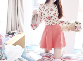 skirt long skirt pink flowers pink skirt flower t-shirt earphones gloves t-shirt
