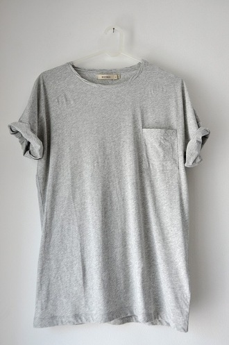 t-shirt grey pockets shirt shirt pocket guys grey t-shirt sweater casual basic hipster clothes top comfy basic tee pocket t-shirt baggy pale outfit minimalist rolled sleeves rolled up sleeves rad skater boyish tees loose light need  want love grey shirt loose tshirt