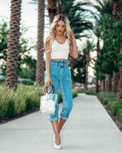jeans,denim,cropped jeans,top,white top,shoes,bag
